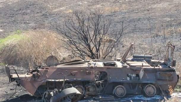 Російський солдат спалив БТР: з'явилося відео