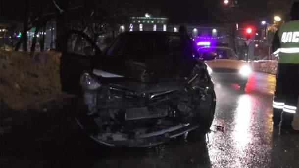 В России групповой секс в машине закончился серьезным ДТП