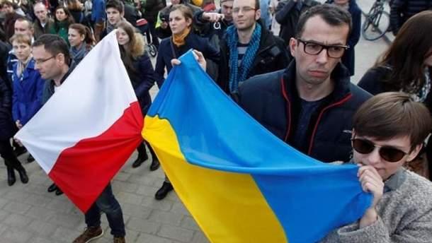 Климкин назвал чушью заявления польских политиков о беженцах из Украины