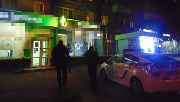 В Киеве злоумышленник пытался украсть ящик с пожертвованиями на лечение ребенка