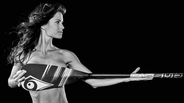 Фотограф показал рельефы обнаженных спортсменок