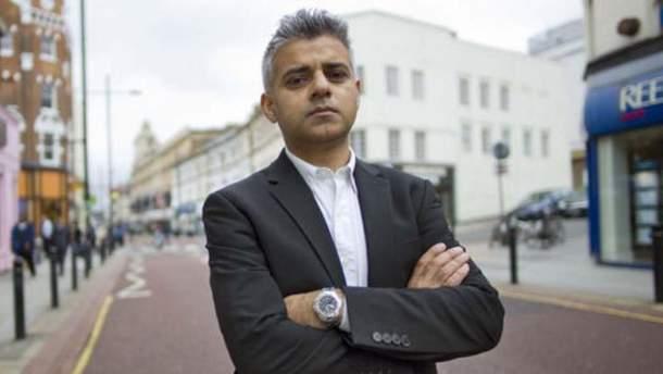 Фанаты Трампа сорвали речь мэра Лондона и требовали его ареста