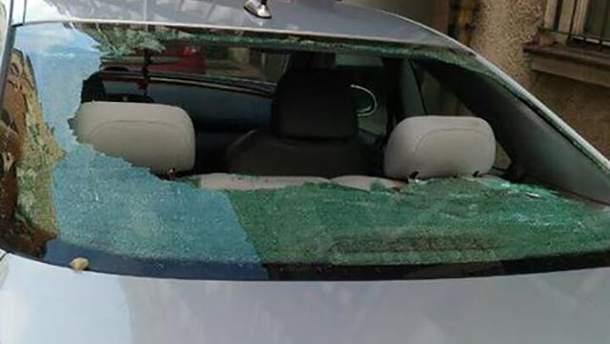 У Польщі автомобіль росіянки закидали камінням: фото