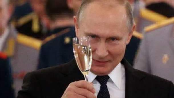 Путін сам стане могильником свого