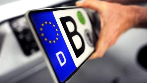 """В """"ДНР"""" требуют поборы от владельцев авто на еврономерах"""