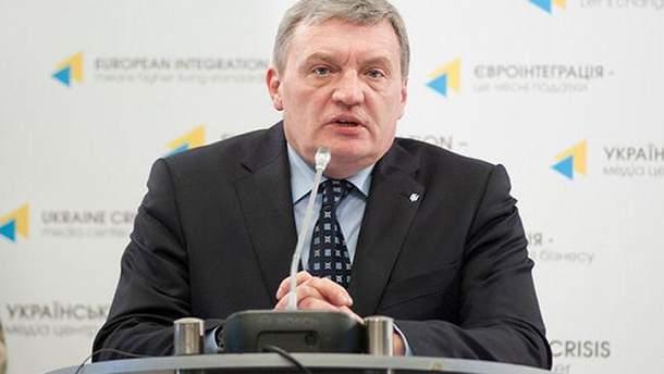 Гримчак припустив введення воєнного стану на Донбасі