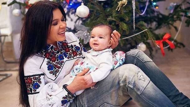 Руслана із хрещеною дочкою