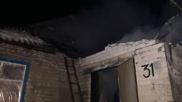 У Запорізькій області вибух призвів до пожежі в житловому будинку