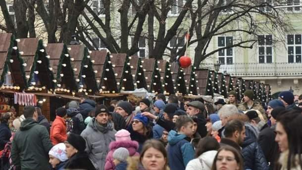Туристов из США предупреждают о кори в Украине
