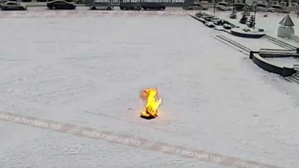 В России мужчина совершил самосожжение, протестуя против коррупции