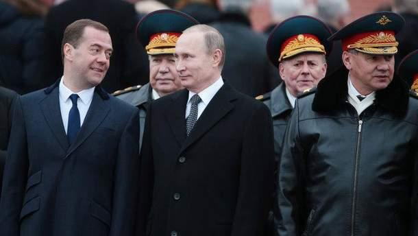 Дмитро Медведєв і Володимир Путін