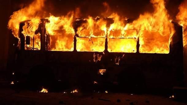Пожар в автобусе (фото иллюстративное)