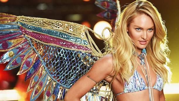 Кендіс Свейнпол на показі Victoria's Secret