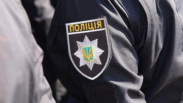 На Харьковщине ранили полицейского