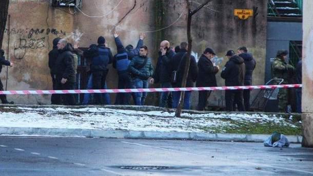 Во время штурма в Одессе полиция задержала еще двух ранее судимых мужчин