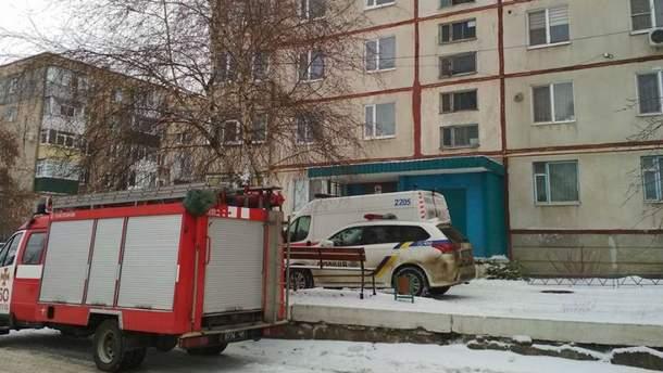 Военнослужащий захватил в заложники женщину на Харьковщине