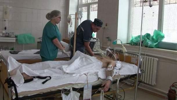 Украинские медики 7 часов боролись за жизнь вражеского диверсанта