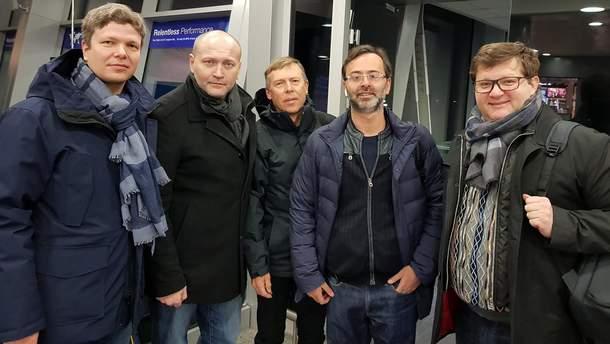 Украинские депутаты полетели в Страсбург