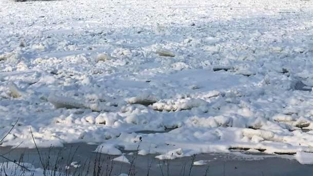 На Київщині замерзла річка Десна