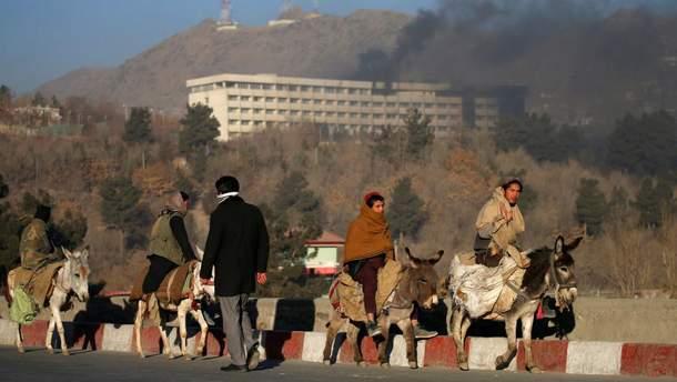 Количество жерт теракта в Кабуле превышает 30 человек