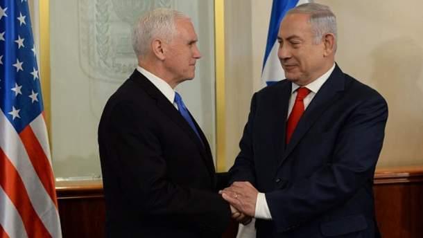 Майк Пенс находится с визитом в Израиле