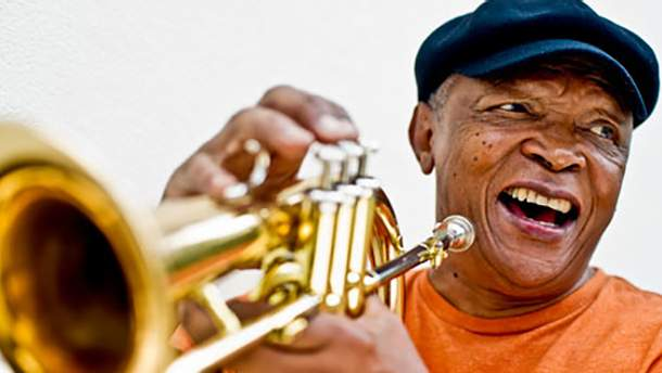 Умер Хью Масекела: биография легенды южноафриканского джаза