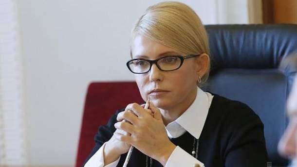 Тимошенко требует от Порошенко включить ее представителя в ЦИК