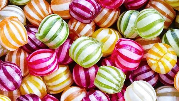 Сахар негативно влияет на сосуды и внутренние органы