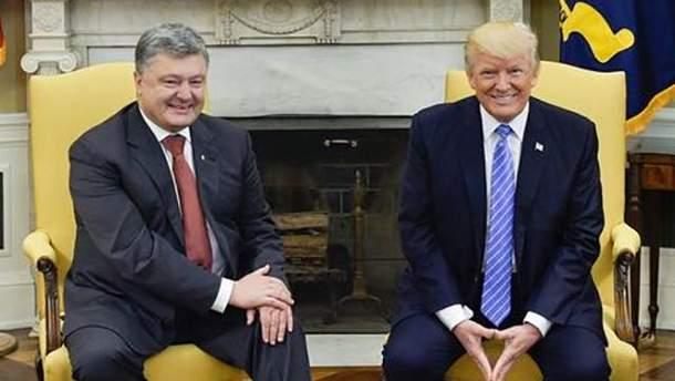 """Порошенко назвав """"абсолютно блискучим"""" діалог з Трампом"""