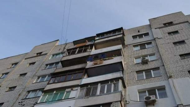 У квартирі в Миколаєві знайшли три тіла, серед них – тіло дитини