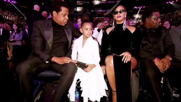 Бейонсе с Jay-Z и их дочкой Блю Айви на Грэмми-2018