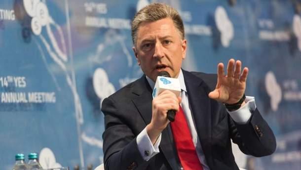 Волкер передал Суркову имена украинских заложников для обмена