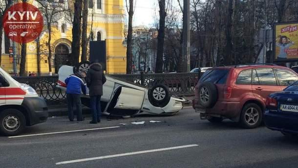 Авария в центре Киева