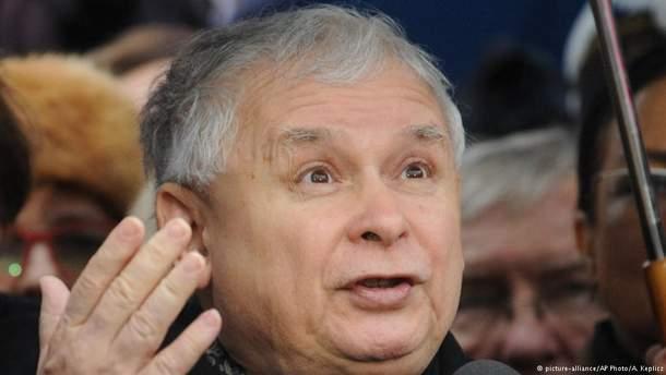 Ярослав Качинський вирішує свої внутрішні проблеми?