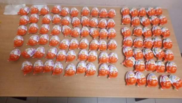 Похищенные шоколадные яйца Kinder