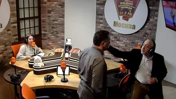 У Путіна пояснили бійку між журналістами в прямому ефірі