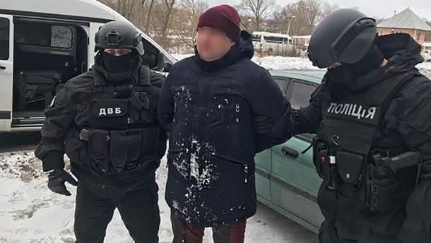 Полиция задержала группу наркодилеров в Сумской области