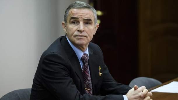 Леонид Каденюк