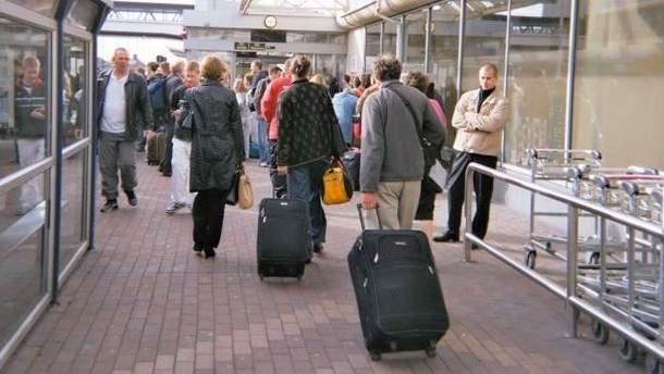 Украинцы выезжают на заработки в Польшу, Россию, Италию и Чехию