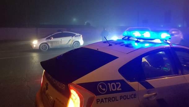 Вблизи Николаева произошла авария: один из водителей открыл огонь (фото и видео)