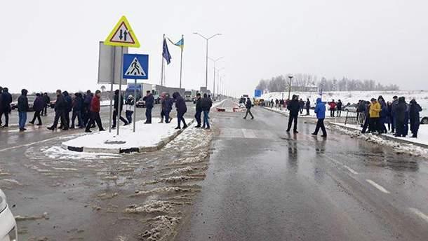 Блокировка пунктов пропуска на границе с Польшей