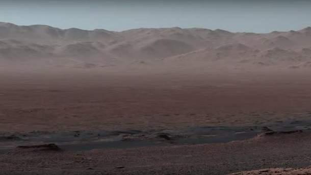 NASA показало панорамную съемку Марса