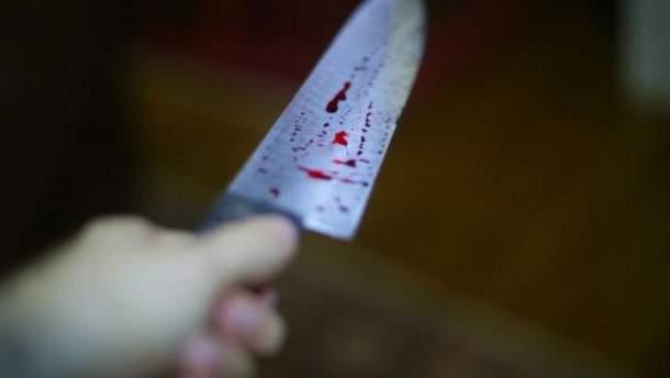 Военнослужащего в Киеве убили ножом