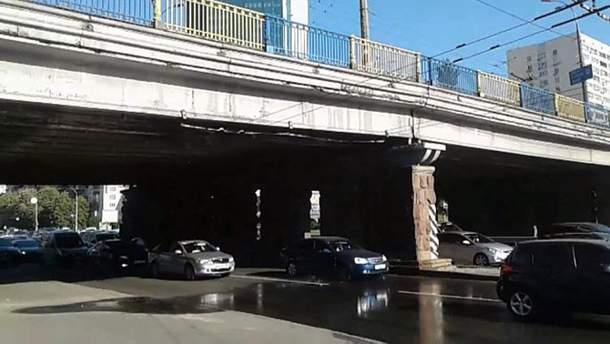 Воздухофлотский мост в Киеве