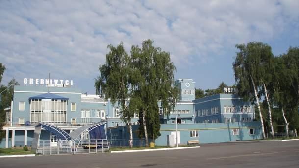 У Чернівцях аеропорт хочуть назвати на честь Каденюка