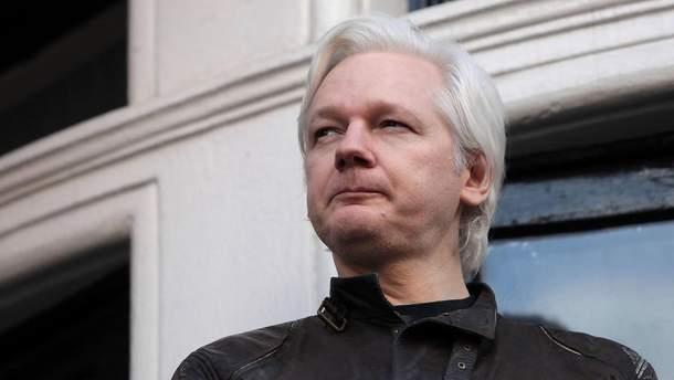 Британський суд залишив чинним ордер на арешт Джуліана Ассанжа