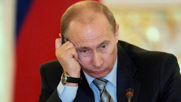 Путин не спешит зеркально отвечать США?