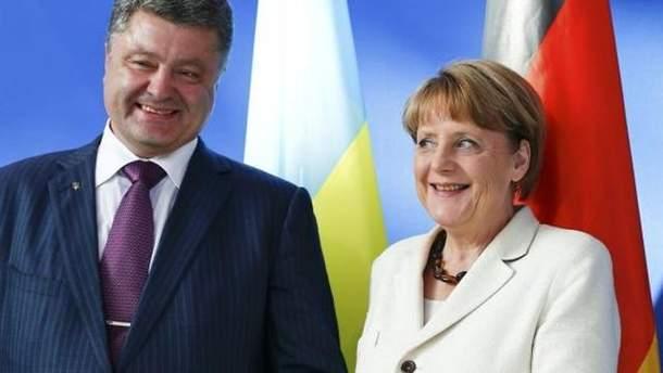 Порошенко поговорить з Меркель