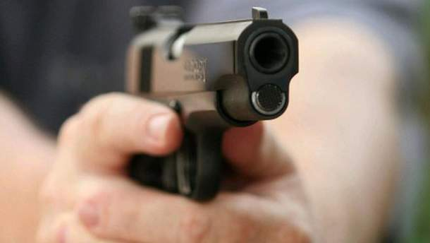 Полицейский застрелил гражданского