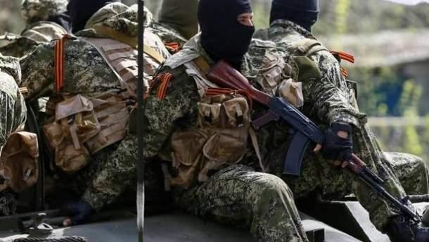 """Волонтер рассказал об алкогольных комах боевиков """"ДНР"""""""